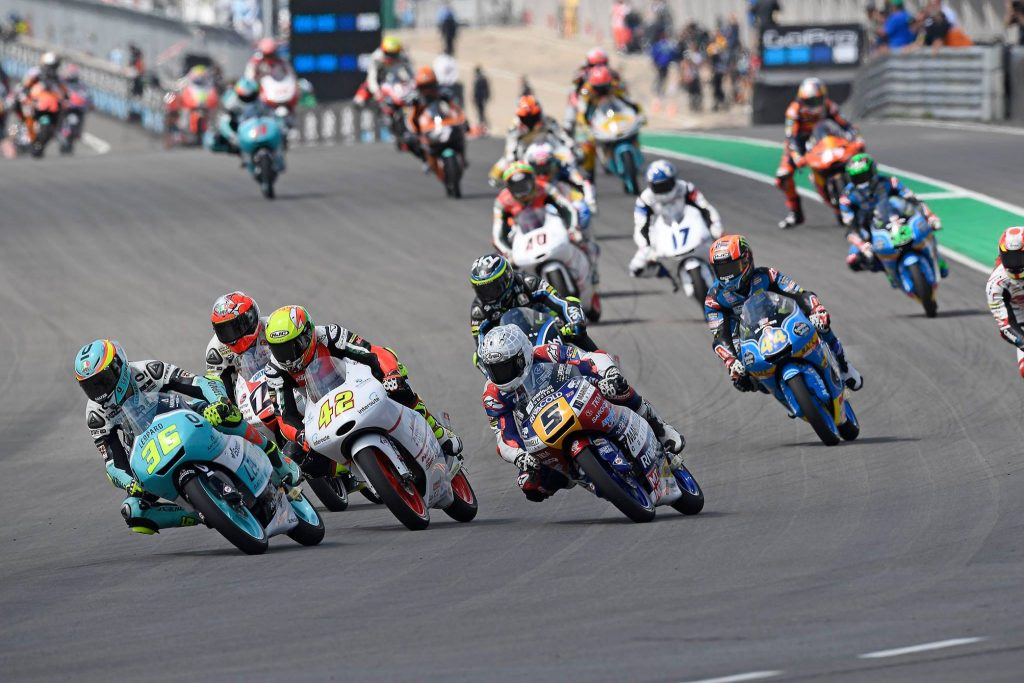 http://www.romanofenati.nl/laatste-nieuws-2017/romano-op-het-podium-na-spannende-race-op-de-sachsenring/